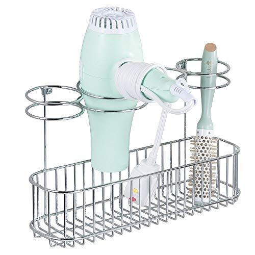mDesign Soporte de pared para secador de pelo – Práctico estante de baño con 4 divisiones para utensilios de peluquería y 1 cesta –...